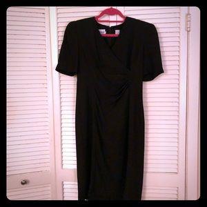 🌴SALE🌴VTG Leslie Fay short sleeved draped dress